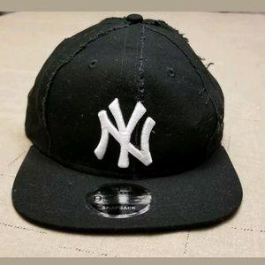 New Era 9fifty Yankee Snapback cap DTLR Exclusive